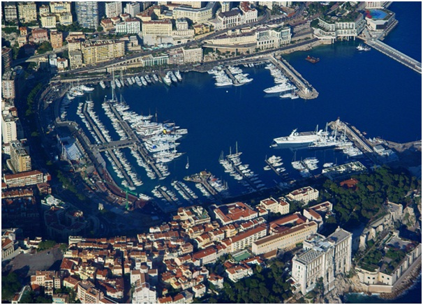High-Stake-Glamour-in-Monte-Carlo